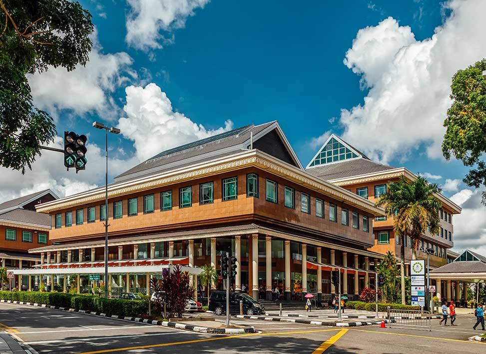 Yayasan Sultan Haji Hassanal Bolkiah | Brunei Tourism