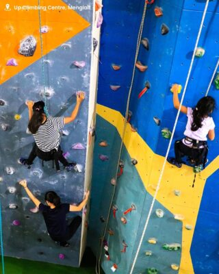 Searching for a gravity defying thrill and a new activity to enjoy with your loved ones? Check out Up Climbing Centre – Brunei's first and only indoor climbing centre for beginners to advance climbers, suitable for both adults and children. You can walk-in and enjoy leisure climbing, or challenge yourself and join the Level One and Two courses for those interested to get certified. Visit @up_climbingcentre to find out more!⁣ ⁣ #discoverbrunei #travelgram #instatravel #travelasia #travelinspiration #travelphotography #travel #wanderlust #destinationearth #seetheworld