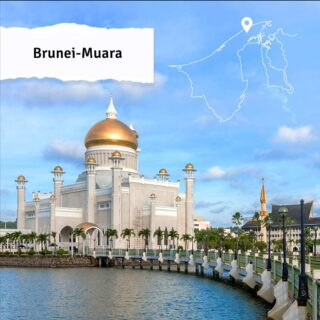 Though the smallest of Brunei's four districts, Brunei-Muara is the most populated. The district is home to the capital city, Bandar Seri Begawan, the iconic Omar 'Ali Saifuddien Mosque and just a short boat ride takes locals from the city centre to the historic water village, Kampong Ayer. We look forward to welcoming you to Brunei-Muara soon! #discoverbrunei ⁣#travelgram #instatravel #travelasia #travelinspiration #travelphotography #travel #wanderlust #destinationearth #seetheworld #brunei